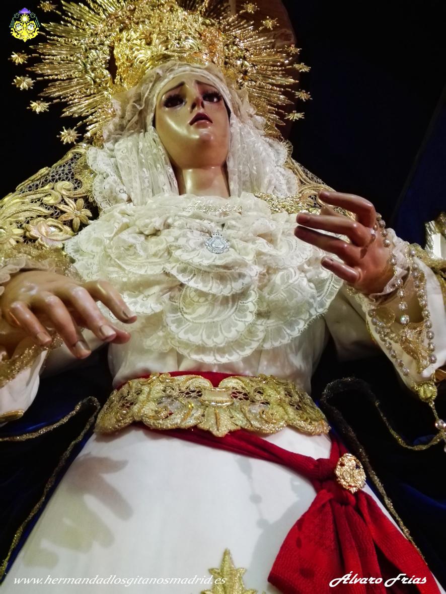 2016 Besamanos Virgen Alvaro Frias (16)