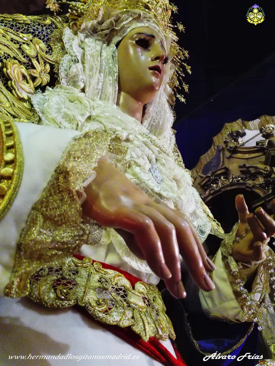 2016 Besamanos Virgen Alvaro Frias (9)