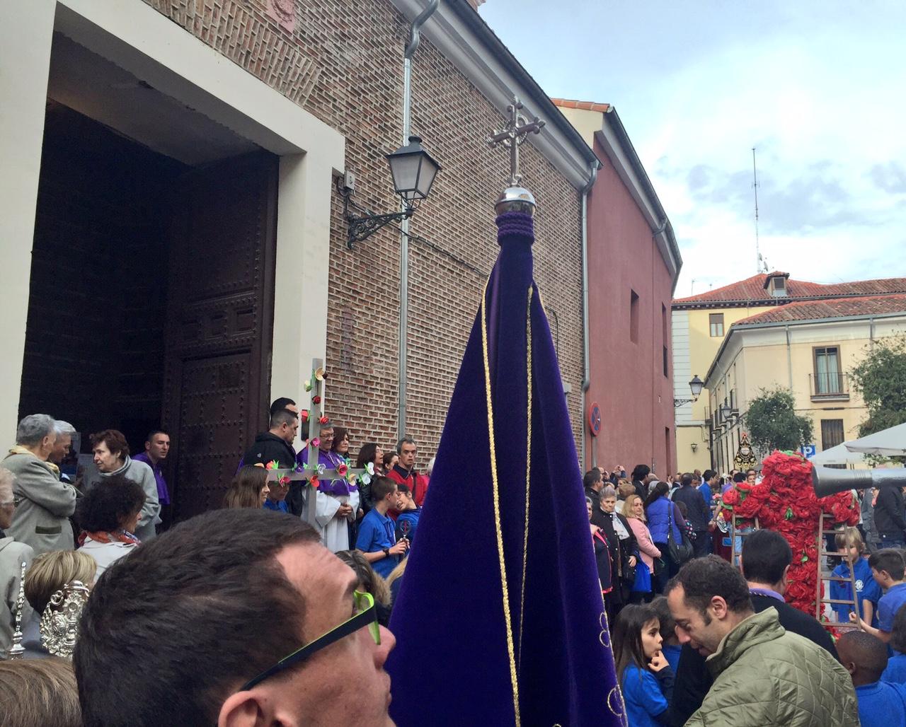 2016 Cruz de Mayo Hdad del Pobre (25)