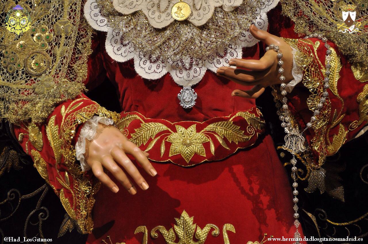 Besamanos Virgen 2015-01