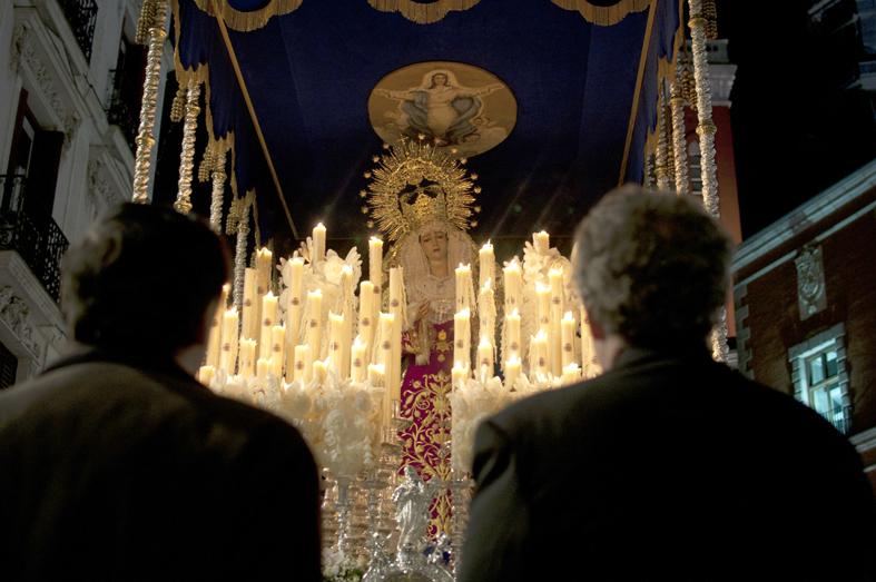41 - Regina caeli, laetare et ora pro nobis Deum