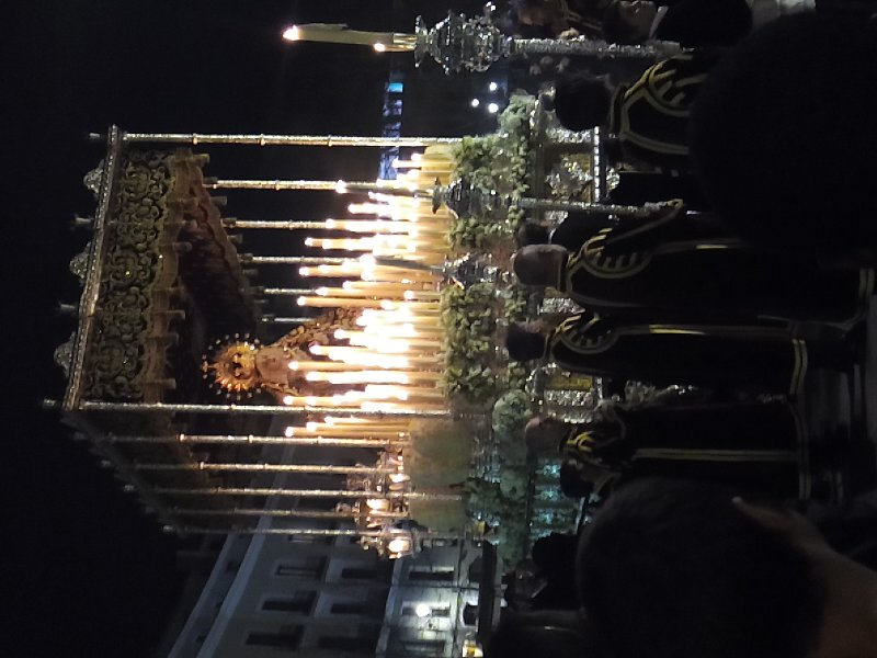 Maria por las calles de Madrid